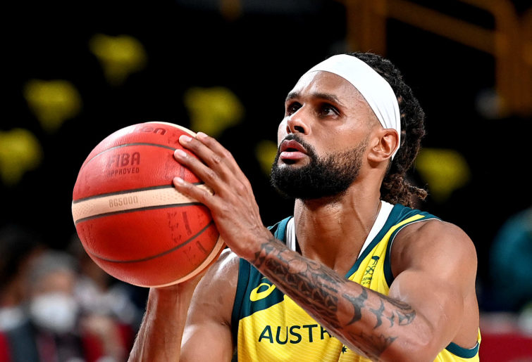 Patty Mills of the Australian Boomers takes a free throw