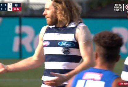Gary Rohan weirdly rejects teammate's unselfish gesture