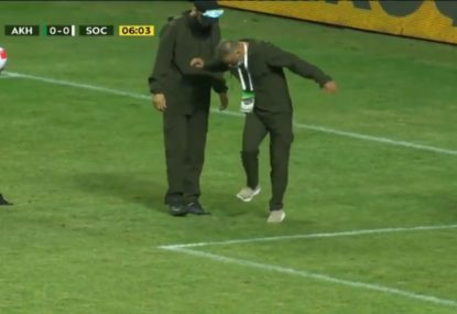 Russian Premier League match disrupted by a snake on the pitch