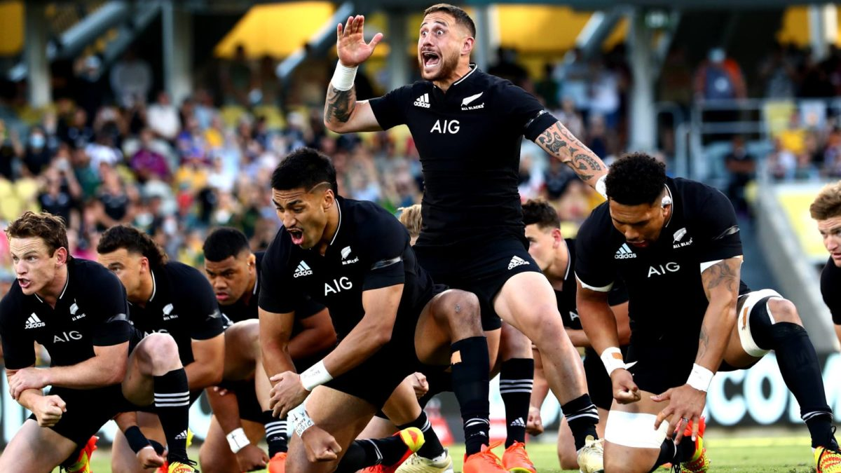 'Grand Slam opportunity': Foster calls on All Blacks to deliver perfect record