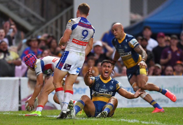 ill Penisini appeals for the Eels' crucial late penalty try against the Knights.