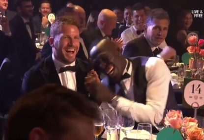 Ollie Wines hilariously roasts teammate for no reason in Brownlow acceptance speech